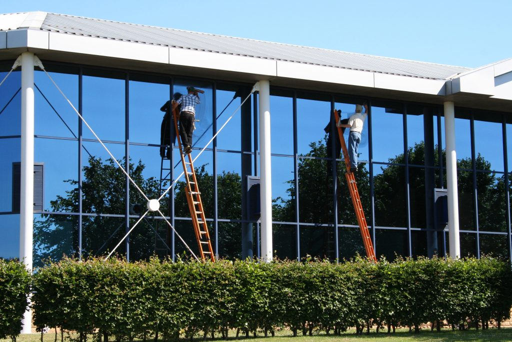 Window Washers in Lewisville